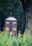 Kapliczka w okolicy Gorajca na Płaskowyżu Tarnogrodzkim