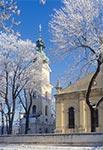 Zamojska Katedra w zimowej szacie