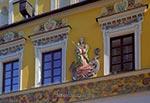 """Kamienica ormiańska """"Pod Madonną"""", z płaskorzeźbą Madonny z Dzieciątkiem depczącą smoka. (wielkość oryginalnego pliku - 54 mln pix)"""