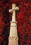 Przydrożny krzyż nad Suchowolą, przy cmentarzu