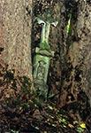 Krzyż z roku 1906, w nieistniejącej wsi Zawałyla koło Werchraty - z wizerunkiem św. Mikołaja