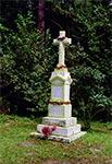 Krzyż z roku 1931 za Wolą Wielką jadąc w stronę Werchraty