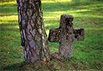 Zabytkowy przy-cerkiewny cmentarzyk - Bełżec