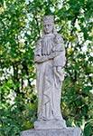 Na zabytkowym cmentarzu w Korczminie