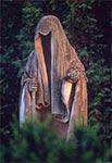 Posąg śmierci dłuta Władysława Gruberskiego (1873-1933) w Sitańcu koło Zamoscia