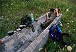 Odpoczynek w korycie na Dahanach