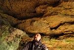 W jaskini Prałasanta