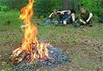 """Grillowanie podczas upałów to porażka - nie ma chętnych do zbliżenia się do ognia ;) Rejon """"łysych Byków"""""""
