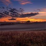 Świt nad jesiennymi polami Obroczy