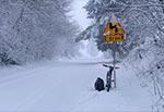 """Coś aktualnego z dnia dzisiejszego, tj. 25 stycznia 2021. A widzimy drogę do Krasnobrodu przez Suchowolę. Taki stan widuje się niezmiernie rzadko wiec nie omieszkałem skorzystać z nadarzającej się okazji """"paraliżu drogowego"""" ;)"""