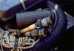 Inscenizacja bitwy pod Zaborecznem - fragment ładunku leżącego na motorze