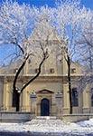 Katedra zamojska - niezwykle rzadkie zjawisko aby w mieście była szadź, przy pięknym słońcu i niebie przez cały dzień