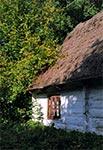 Jedne z ostatnich zabudowań wiejskich krytych strzechą - Wólka Horyniecka
