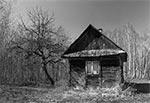 Opuszczona chałupka w rejonie Kasjerówki
